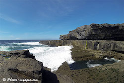 Plongeon dans serpents lair Inis Mor