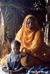 [Mauritania people - mother and child]