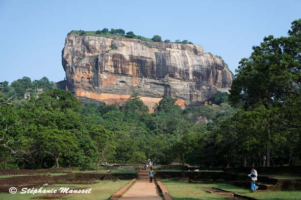 Top Vue du rocher du lion de Sigiriya EQ87